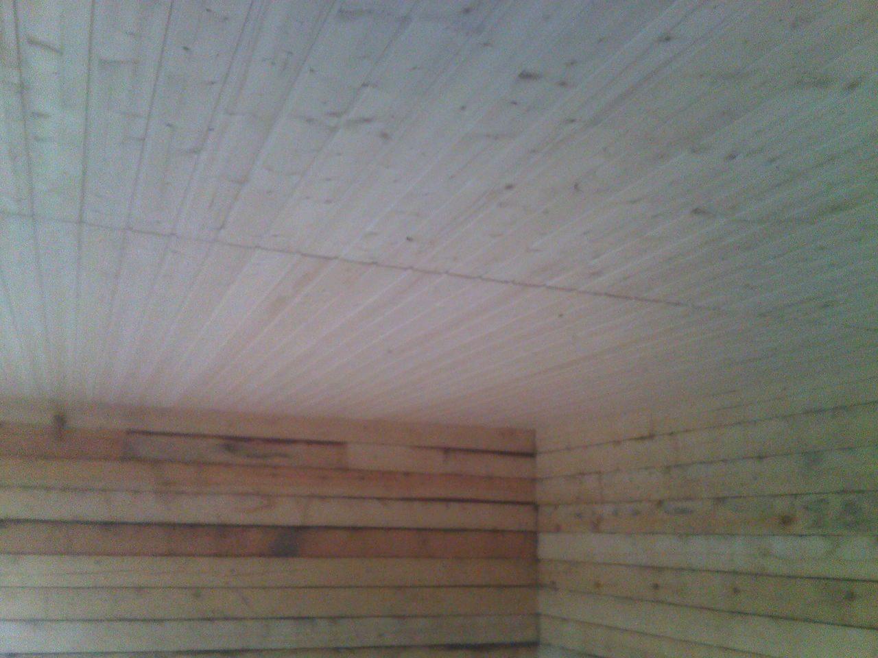 Потолок из имитации бруса своими руками 3